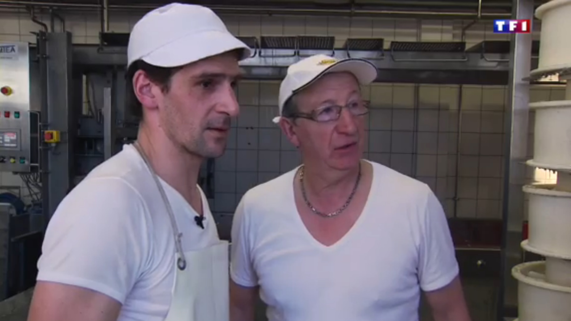 TF1 Jura (2-5) - une famille de fromagers  19