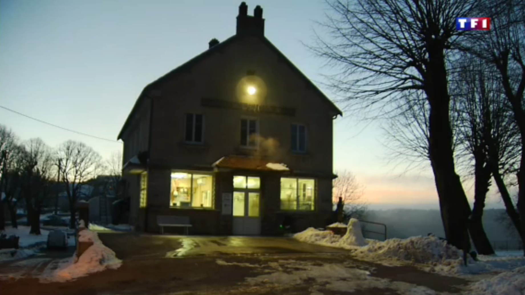 TF1 Jura (2-5) - une famille de fromagers  5