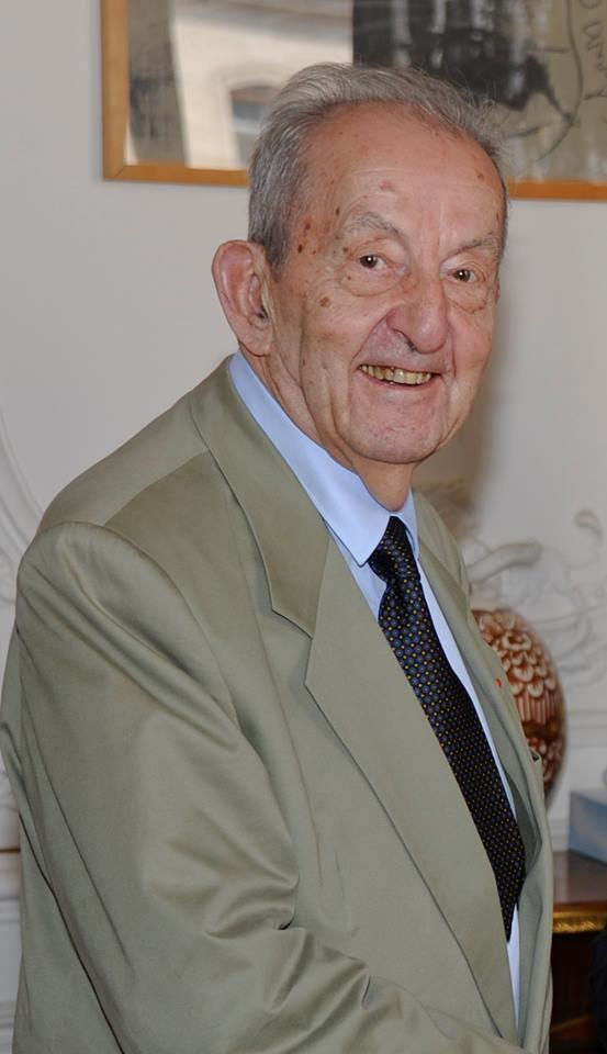 François Perrot, Deporte-Resistant